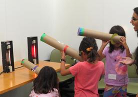 students using spectroscopes